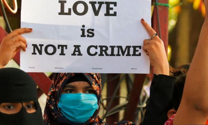 """Një burrë musliman arrestohet në Indi për shkak të ligjit kundër """"xhihadit të dashurisë"""""""