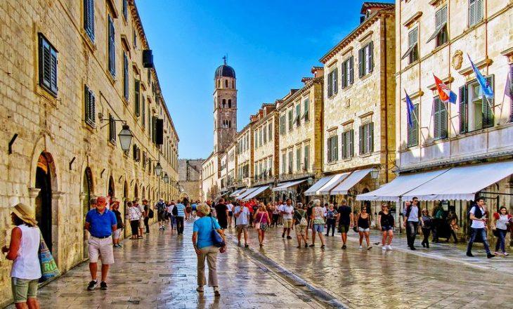 Kroacia ka regjistruar 53 viktima të reja në 24 orët e fundit nga COVID-19