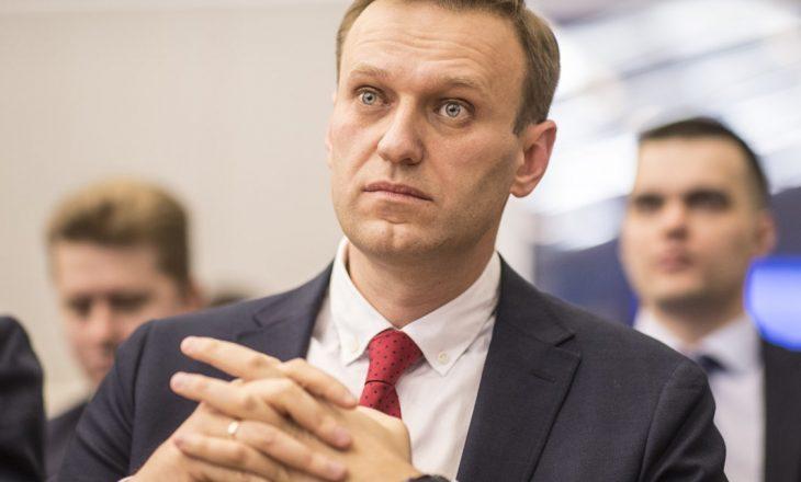 """""""Navalny mund të vdes në çdo minutë"""" – deklaron mjeku i tij"""