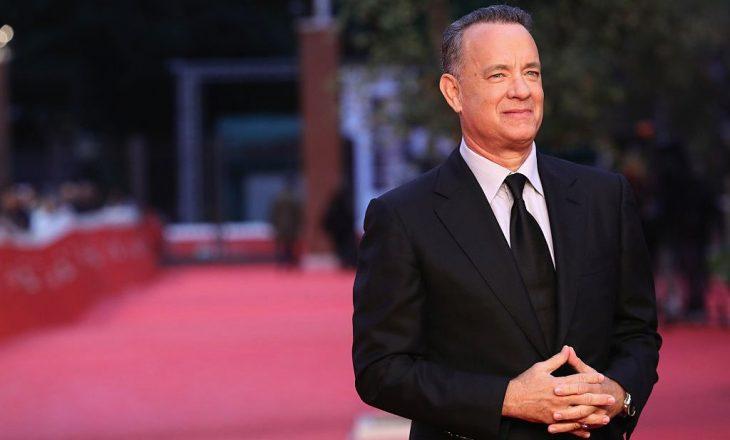 Ishte ndër të parët që u infektua me COVID – Çfarë mendon Tom Hanks për vaksinën?