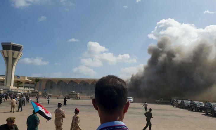 Nga shpërthimi në aeroportin e Adenit në Jemen, 16 persona humbin jetën