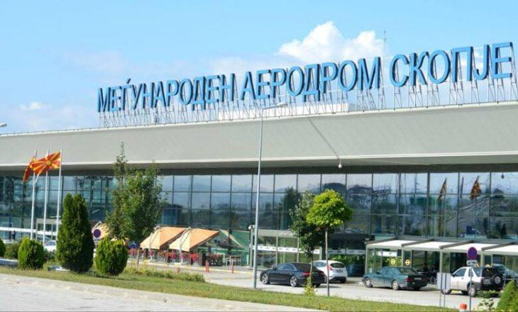 Maqedonia e Veriut ndalon fluturimet me Britaninë e Madhe