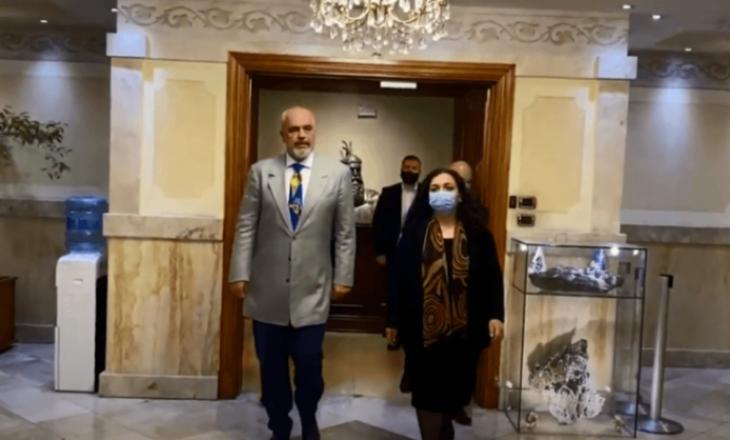 Osmani me Ramën zhvillojnë takim të mbyllur për medie