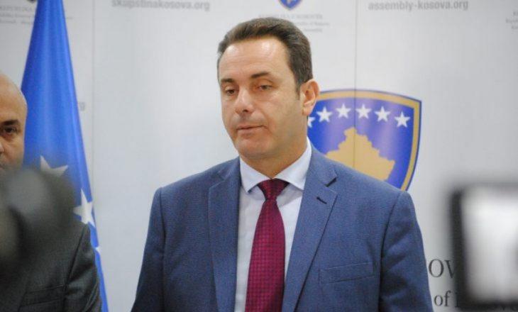 Rugova paralajmëron largimin e Listës Serbe nga koalicioni: Zgjedhjet janë të pashmangshme
