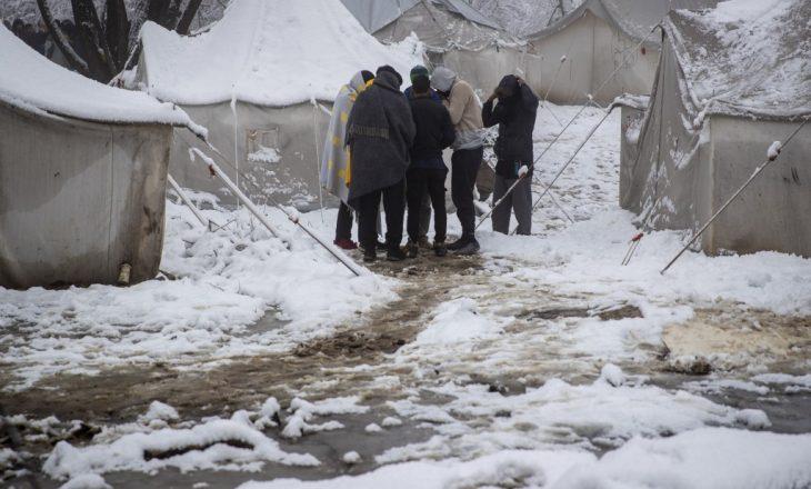 Vështirësohen kushtet për refugjatët në kampet e Bosnjës dhe Hercegovinës pas rënies së borës