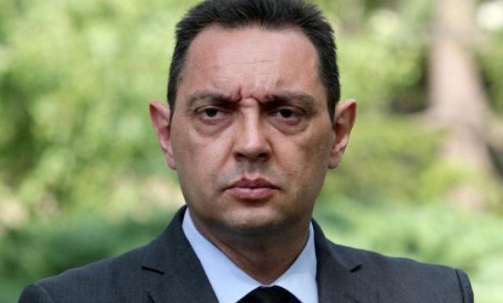 Vulin me akuza të rënda: Policia e Kosovës po mbështetë bandat në vjedhjen e drunjëve tanë
