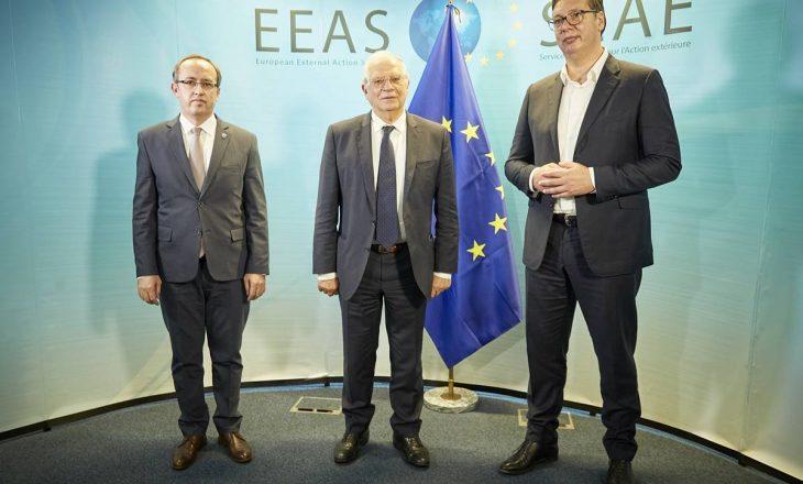 Replikat në distancë të Hotit e Vuçiq: BE ua përmend dialogun
