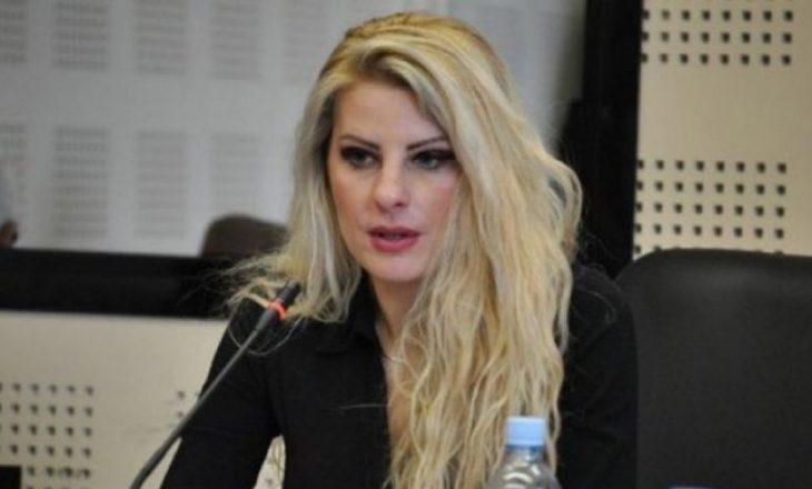 Balje paralajmëron takim me ministren e Arsimit për çështjen e mbulesës në shkolla
