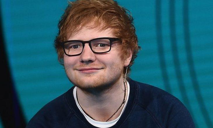 """Ed Sheeran po grumbullon miliona pavarësisht se është """"pensionuar"""" nga muzika"""