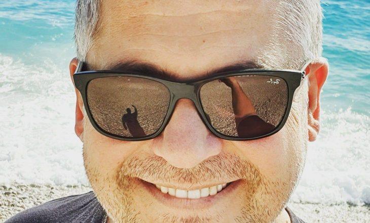 Aktori shqiptar humb babanë nga COVID-19
