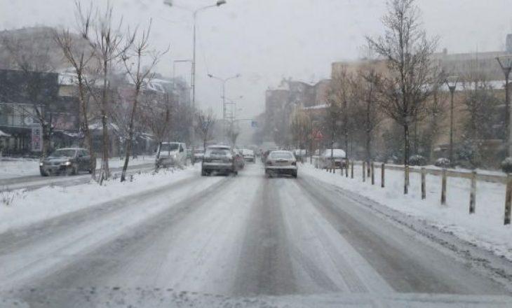 Ministria e Infrastrukturës: Të gjitha rrugët janë të kalueshme