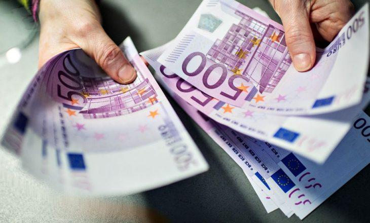 Dy muaj tjerë paraburgim për të dyshuarit e vjedhjes së 2.1 milionë eurove