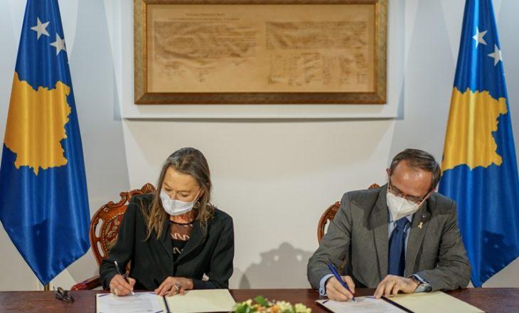 Hoti dhe koordinatorja e OKB-së nënshkruajnë Kornizën e Bashkëpunimit të Qëndrueshëm Ekonomik