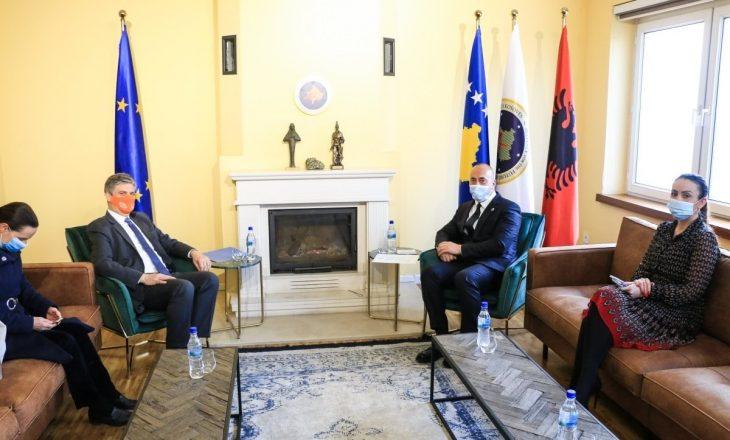 Haradinaj takohet me shefin e EULEX-t, bisedojnë për sundimin e ligjit