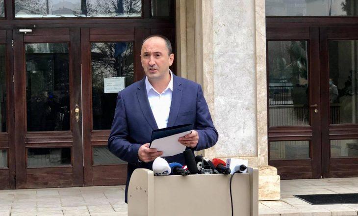 Deputeti i VV-së: Driton Selmanajn s'do ta lejojmë të marrë pjesë në seanca