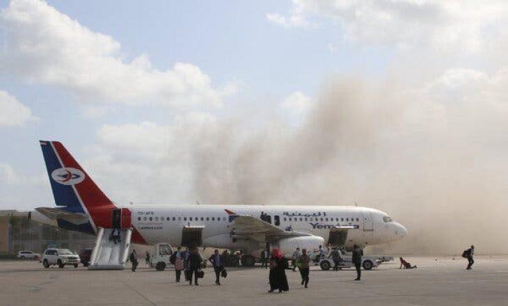 Jemen: Shkon në 25 numri i viktima nga sulmi në aeroport