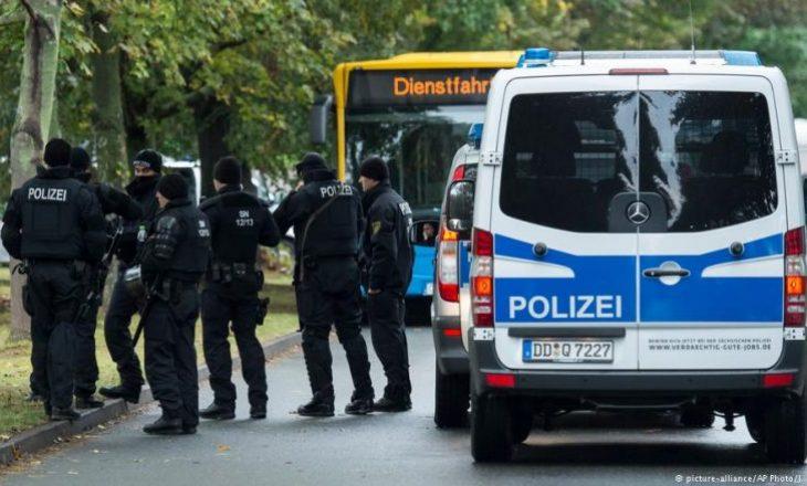 Gjermani: Kosovari vret gruan, bijën dhe veten