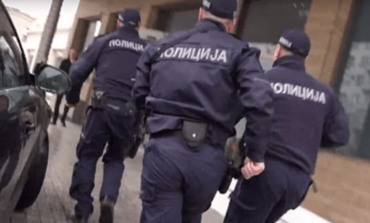 Policia serbe arreston dy kosovarë