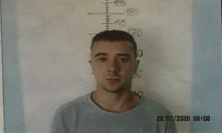 Policia e shpallë në kërkim Riad Sopjanin, i dyshuar për grabitjen e fundit në Prishtinë