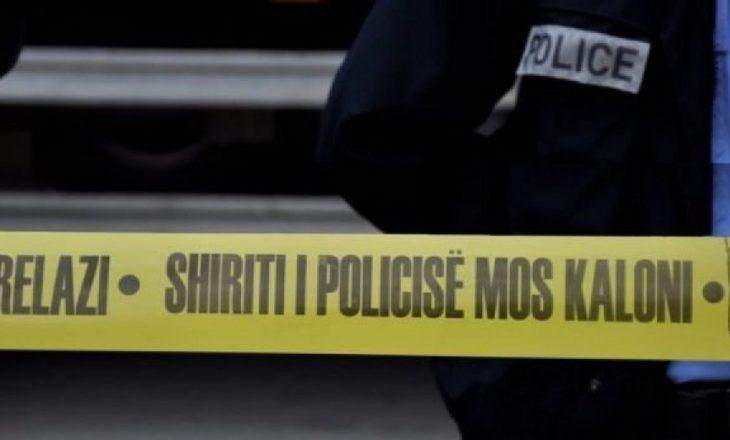 Të shtëna më armë në një qendër tregtare në Mitrovicë – policia jep detaje