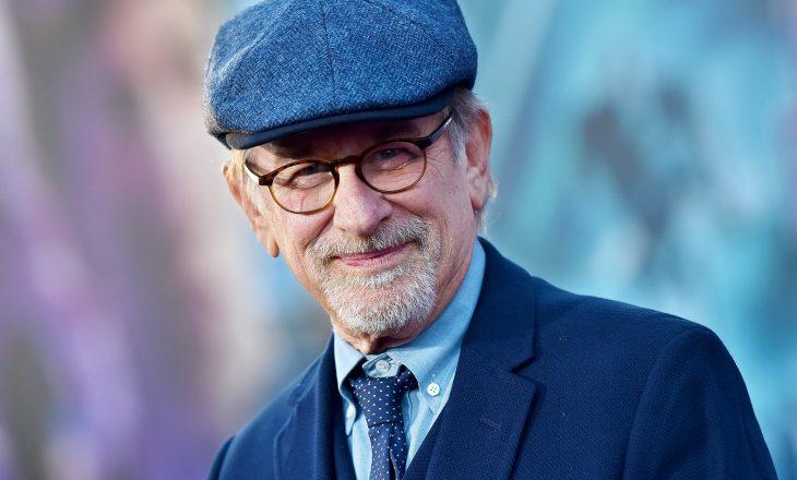 Regjisori Steven Spielberg kërcënohet me jetë