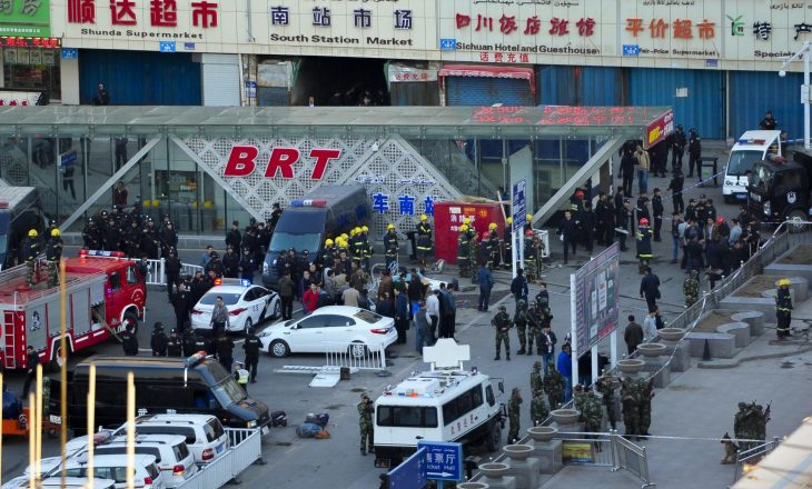 Nga sulmi me thikë në Kinë humbin jetën shtatë persona