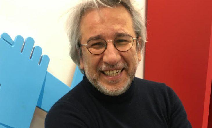 Gazetari turk i internuar dënohet me më shumë se 27 vjet burg me akuza terrori