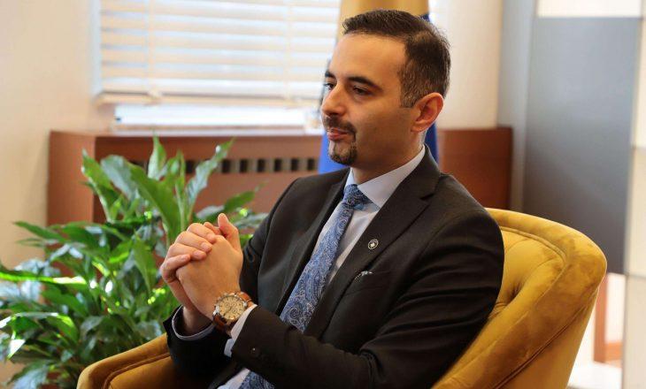 """Lluka: AKR ka oferta për koalicione parazgjedhore, nuk kemi """"vija të kuqe"""""""