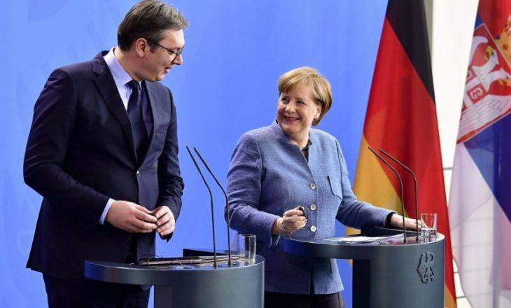 Merkel diskuton me Vuçiqin për dialogun Kosovë-Serbi