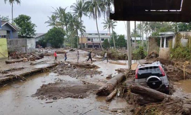 Rrëshqitjet e tokës vrasin 11 persona dhe plagosin 18 të tjerë në Javën perëndimore të Indonezisë