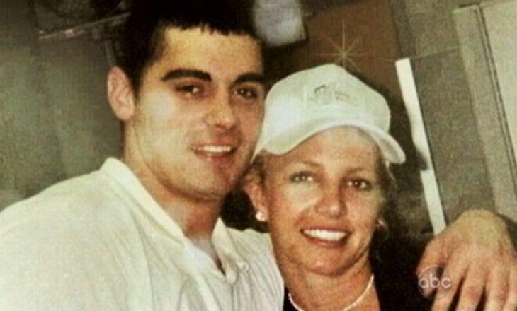 """Një nga protestuesit në """"Capitol Hill"""" edhe burri me të cilin Britney Spears ishte martuar për 55 orë"""