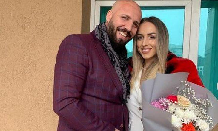 Aida Doçi zyrtarisht e martuar me menaxherin e saj