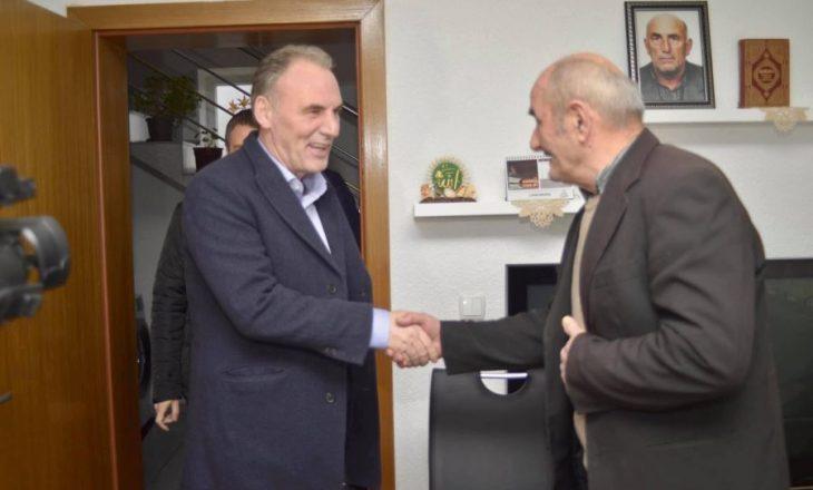 Fatmir Limaj viziton Veriun, prezanton programin për mbrojtjen e vlerave kombëtare
