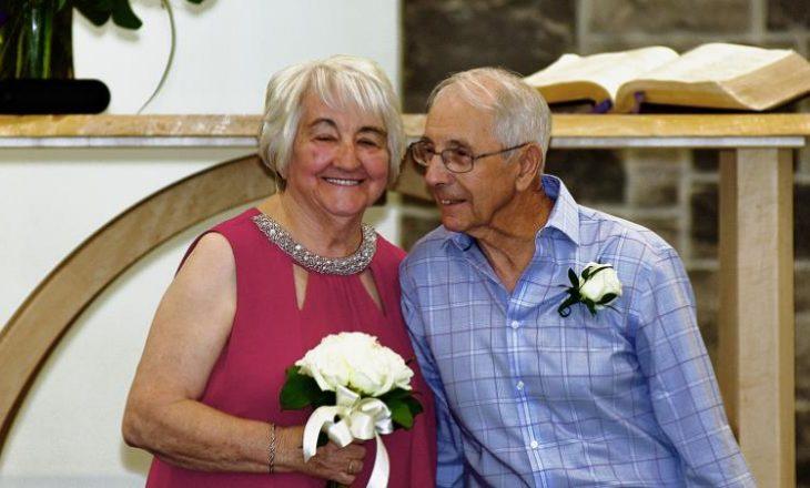 Ranë në dashuri sa ishin në shkollë të mesme por u martuan 70 vjet më vonë