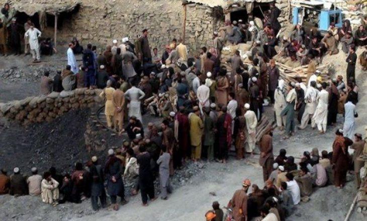 Pakistan: 11 minatorë rrëmbehen dhe pastaj vriten