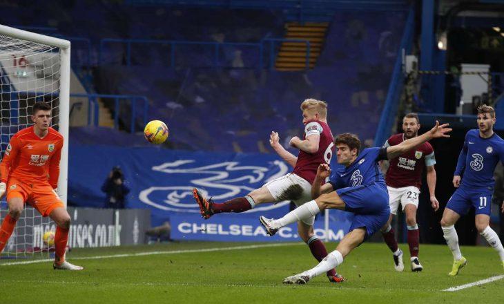 Tuchel arrin fitoren e parë nën drejtimin e Chelsea-t, mposht Burnley-n