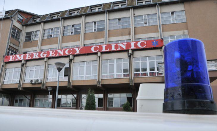 Aksident në Bardhosh të Prishtinës, dy persona dërgohen në QKUK