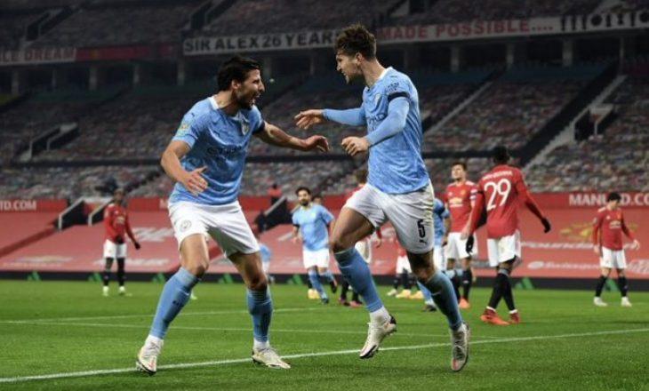 Manchester City mposht Manchester United dhe kalon në finalen e Kupës së Ligës