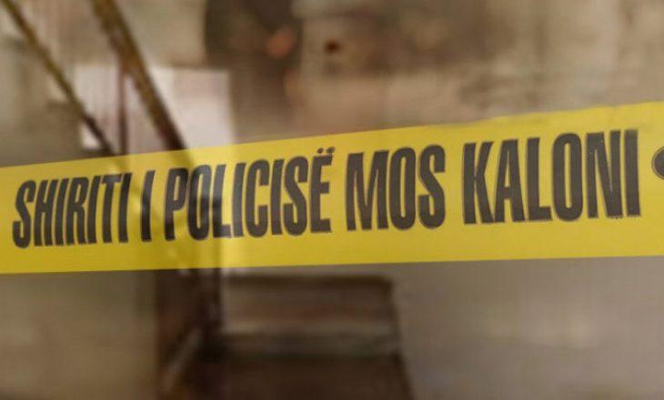 Dy të mitur therin me thikë një person në Lipjan