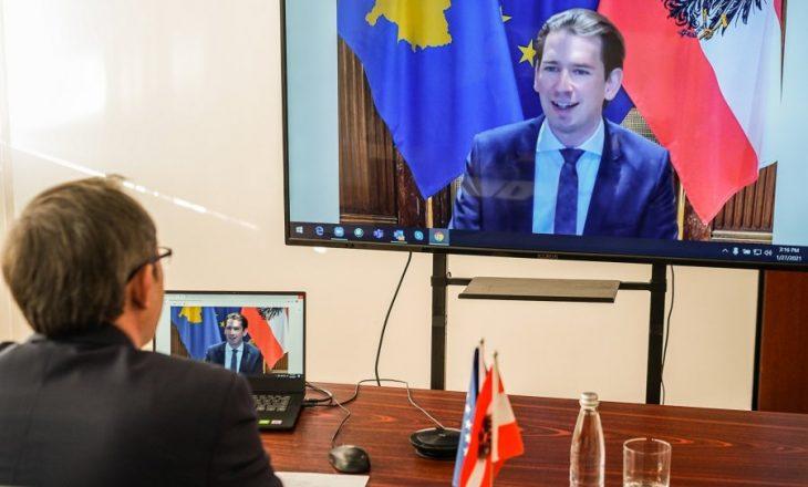 Hoti bisedon për liberalizimin e vizave me kancelarin Kurz