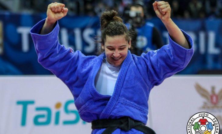 Loriana Kuka fiton të bronztën në Katar