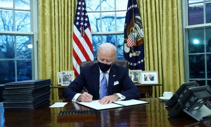 Biden shfuqizon disa vendime të Trump-it