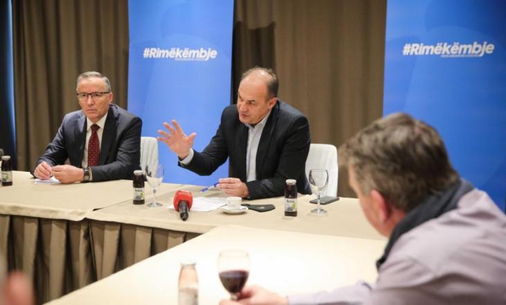 Hoxhaj: Pagëminimale 300 euro për punëtorët, rritje për 30% të pagave