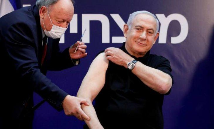 Kryeministri izraelit merr dozën e dytë të vaksinës kundër COVID-19