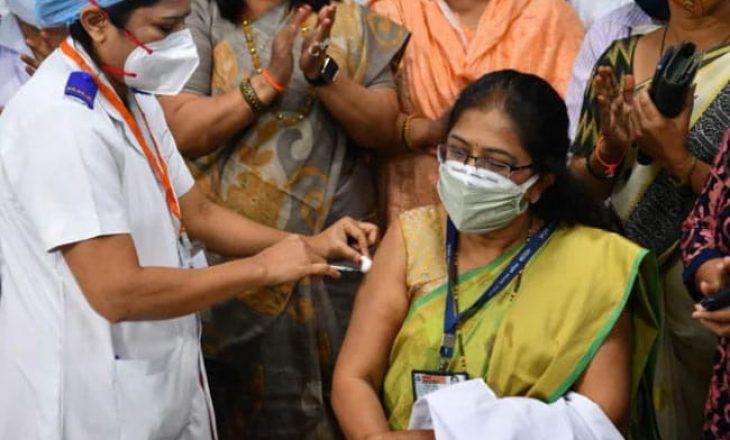 """India fillon """"vaksinimin më të madh në botë"""""""