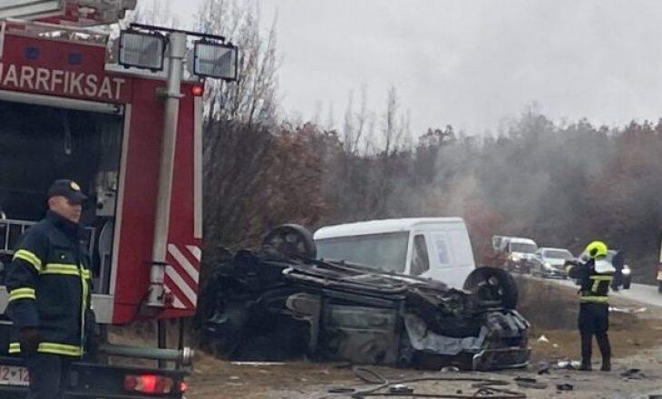 Shtatë të lënduar nga aksidenti në Dollc të Klinës, katër në gjendje të rëndë