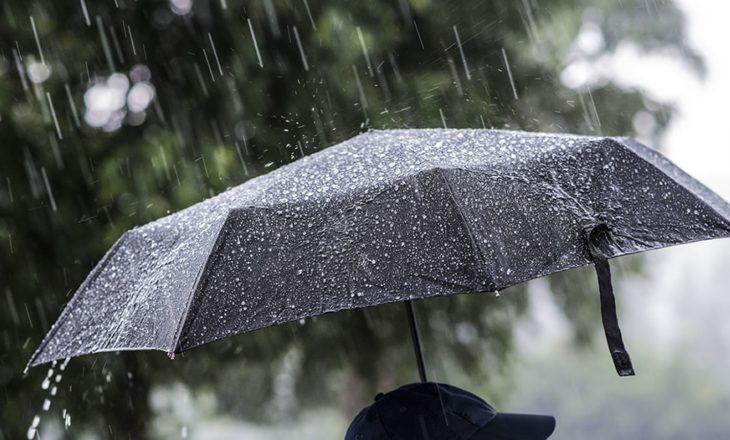 Reshje shiu dhe bore të dielën në Kosovë