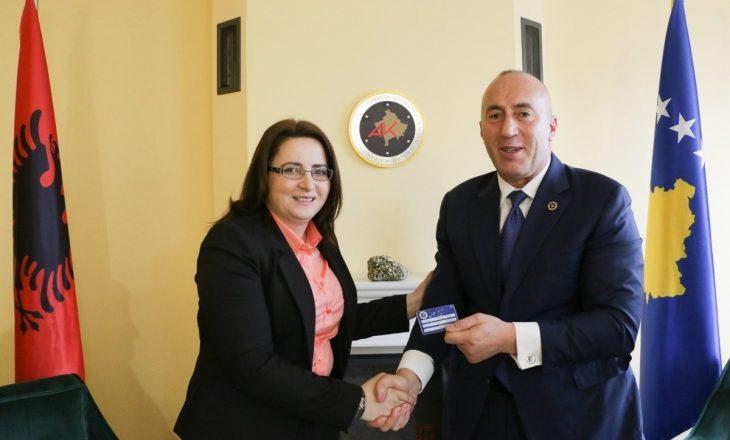 Ish-deputetja e NISMA-s Shukrije Bytyqi aderon në AAK