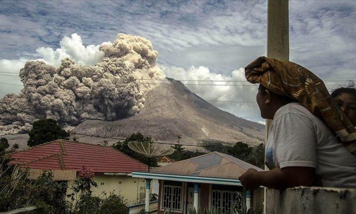 Indonezi: Shpërthen mali Sinabung