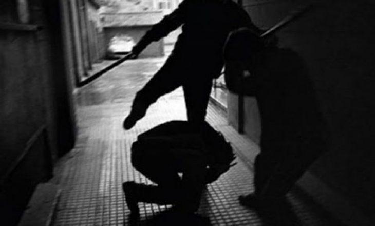 Rrahje për shkak të parkingut – Arrestohen katër të dyshuarit